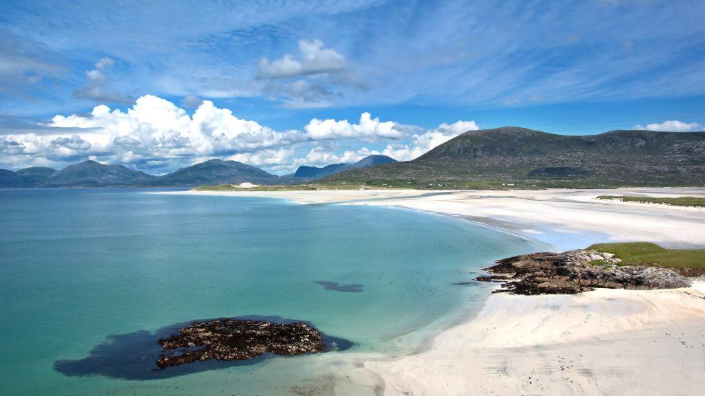 Harris-Beach-Outer-Hebrides-Scotland-1024x576